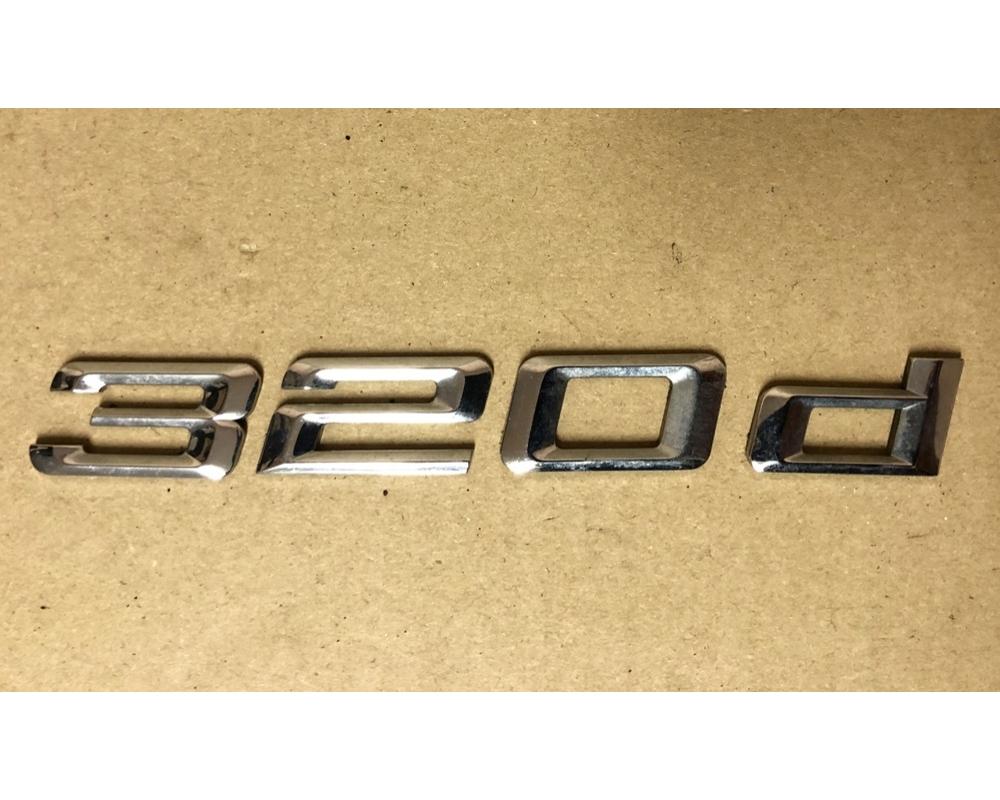 BMW E46 320d csomagtérajtó felirat