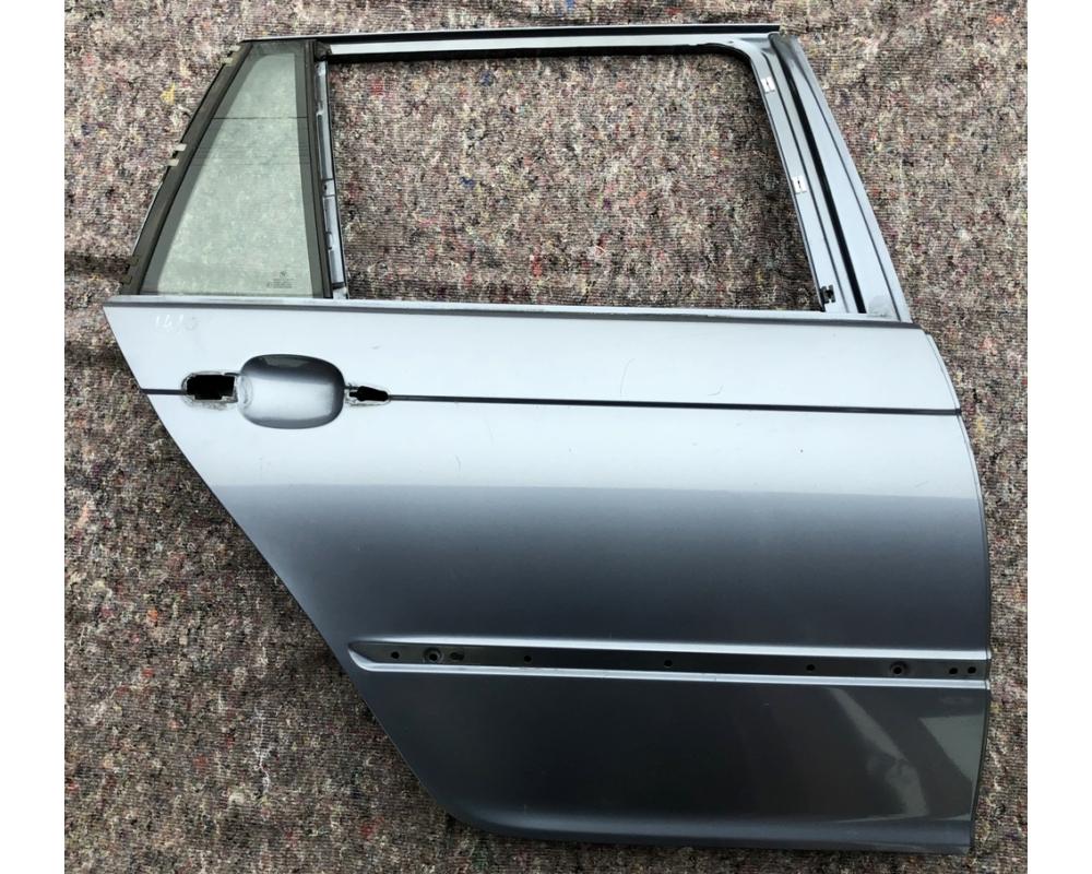BMW E46 Touring jobb hátsó ajtó üresen